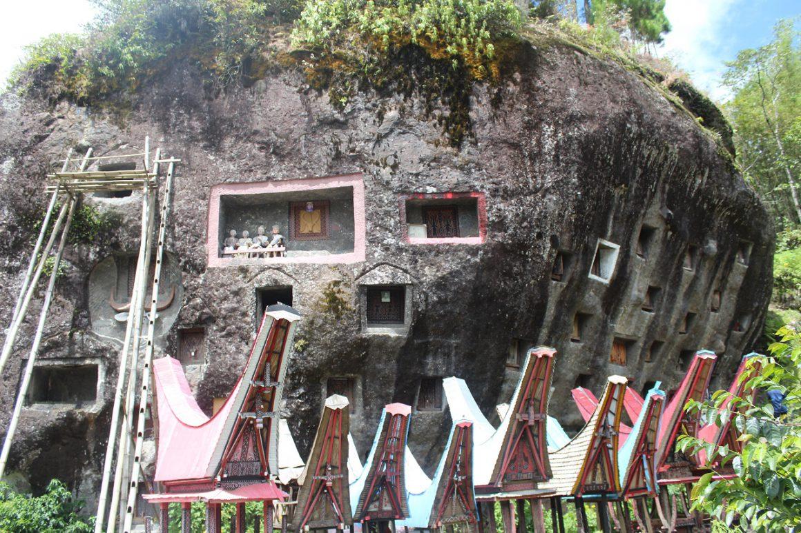 Lo'ko Mata, Salah satu wisata di Toraja