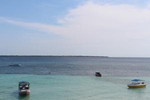 Pantai di Tanjung Bira