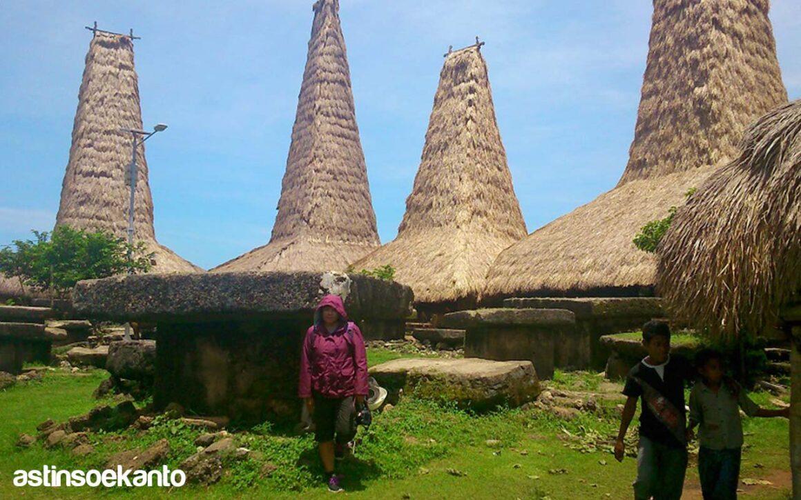 Kampung Adat Rategaro Sumba