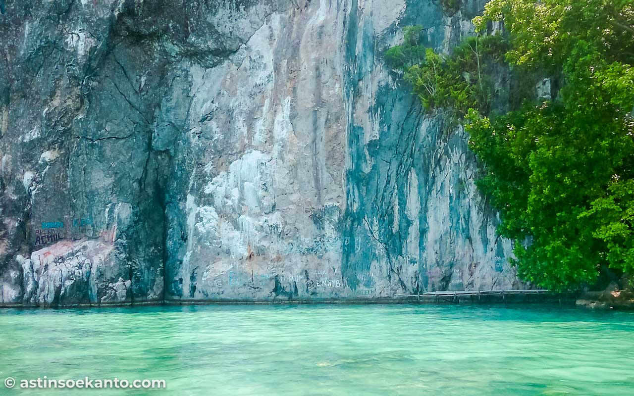 Tebing Batu Hutapea Maluku