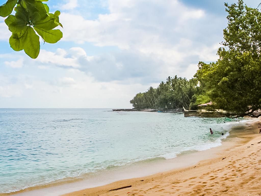 Pantai di Ambon, Pantai Namalatu