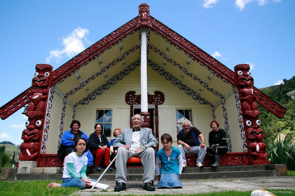 Rumah radisional Suku Maori, New Zealand