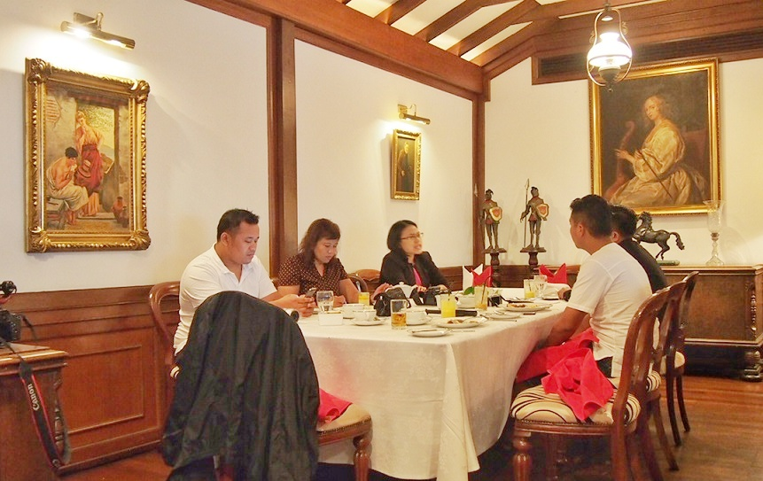 Breakfast at Spices restaurant & WIne Bar