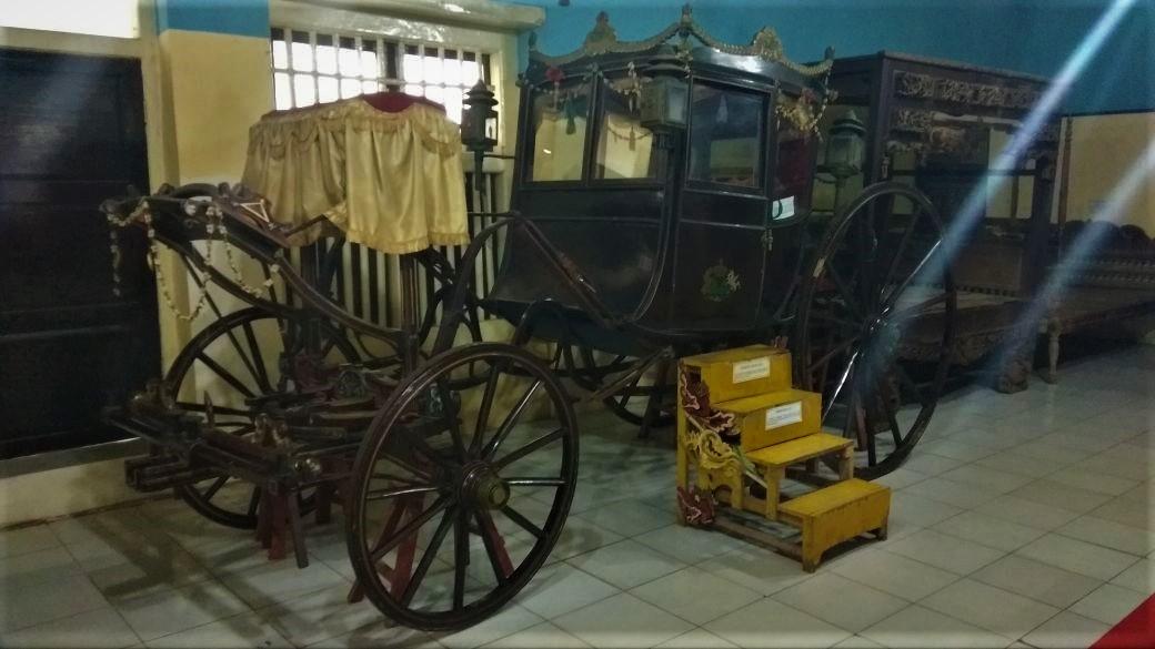Kereta Kencana Sultan Abdurrachman Sumenep