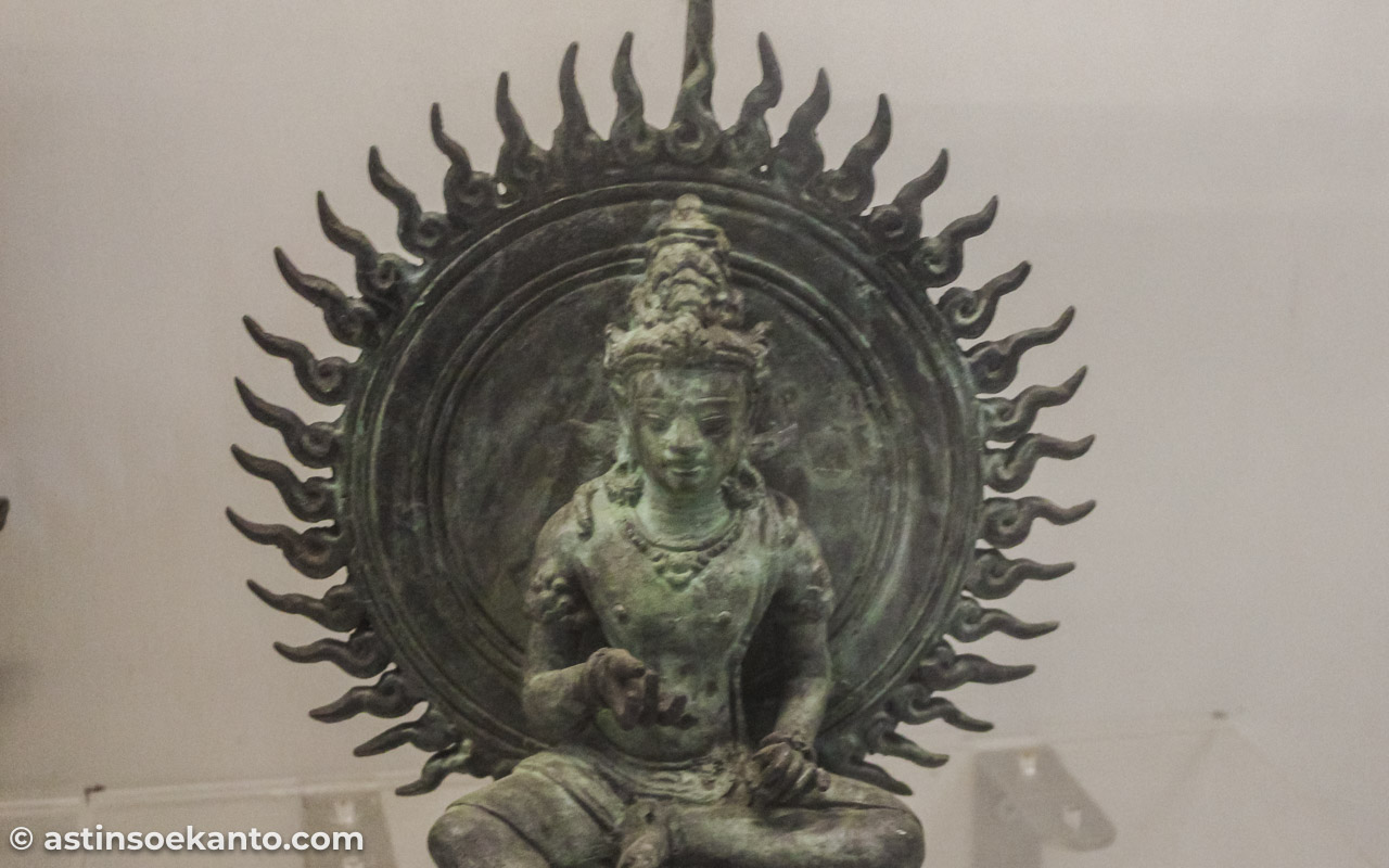 Arca mini Bodhisattwa Koleksi Museum Radya Pustaka