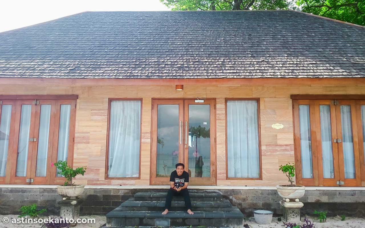 Rumah megah di Pulau Samalona