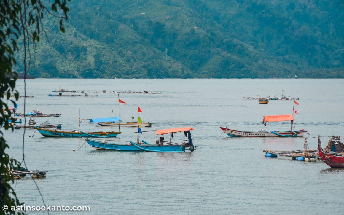 Pantai Indah Popoh akses masuk ke Pantai Coro Tulungagung